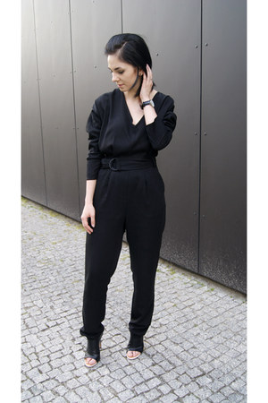 black Jessica Buurman shoes - black Daniel Wellington watch - black Mango jumper