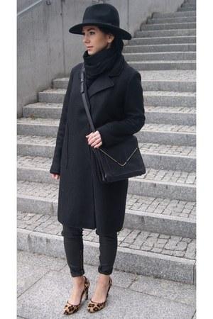 black OASAP coat - black fedora Choies hat - black Zara bag - black Zara pants