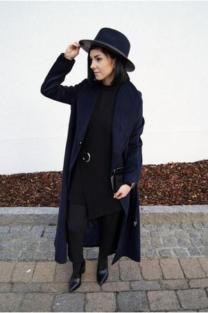black Charles & Keith shoes - navy sammydress coat - navy Zara hat