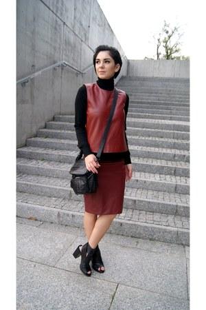black Zara shoes - black Zara bag - crimson leather Choies skirt