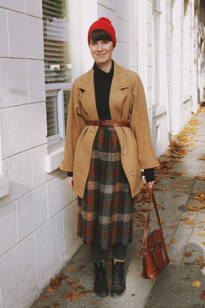 camel tartan New Old Fashion Vintage skirt - camel peacoat thrifted vintage coat
