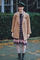 beret Nemres hat - grid patterned whhttt vintage dress - peacoat vintage coat
