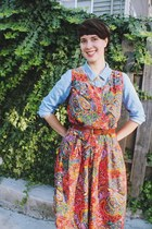 brick red paisley Mousevox Vintage dress - periwinkle suede Macys boots
