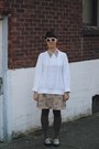 Tan-novelty-shop-vintage-minnie-dress-ivory-fisherman-thrifted-sweater
