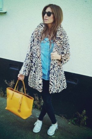 sky blue G-Star shirt - beige asos coat - mustard Michael Kors bag
