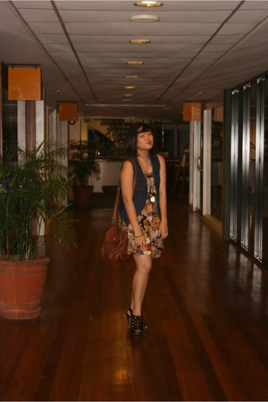 Levis vest - Bongo dress - exotic shoes shoes - Bag accessories