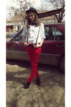 Vero Donna heels - red random brand jeans - white Marks & Spencer shirt