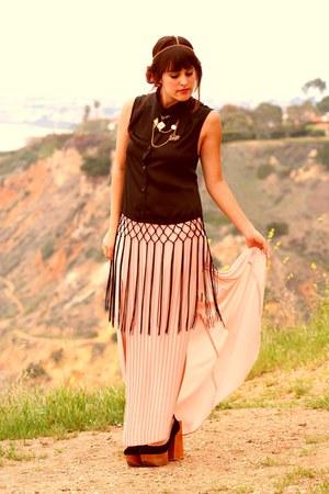 black crochet fringe blouse - peach side slit skirt
