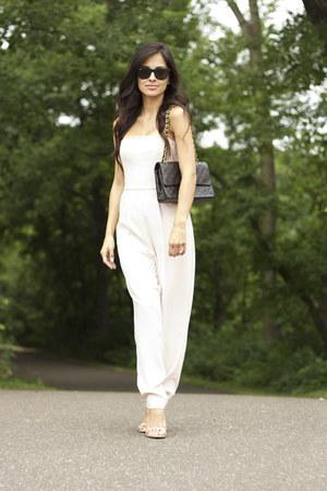 black Chanel bag - light pink Topshop jumper - neutral Steve Madden heels