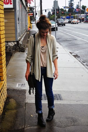 tan knitted thrifted vintage cardigan - navy skinny jeans f21 jeans