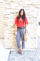 red cha cha vente top - light brown banana republic pants