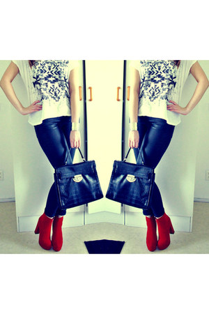 Nelly boots - GINA TRICOT bag - GINA TRICOT pants - GINA TRICOT t-shirt