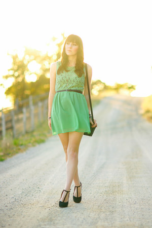 dark gray t-strap Urban Outfitters heels - chartreuse lace Glamorous UK dress