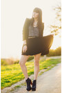 Navy-velvet-oasap-skirt-black-spiked-zara-blazer-heather-gray-shirt
