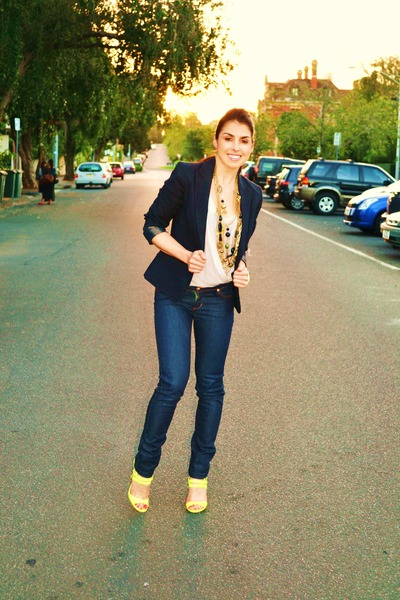 Denim jeans with blazer