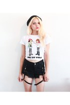 white daria style moi shirt - black harness style moi shorts