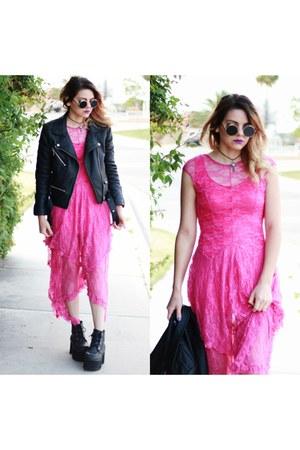 pink lace style moi dress
