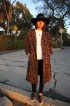 tapestry vintage coat - leopard print Vans sneakers