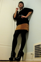 thrifted top - thrifted suede skirt - f21 tights - Bebe shoes - thrifted belt -