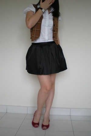 Puffy Pleated Skirt