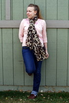dark brown leopard scarf - light pink Walmart sweater