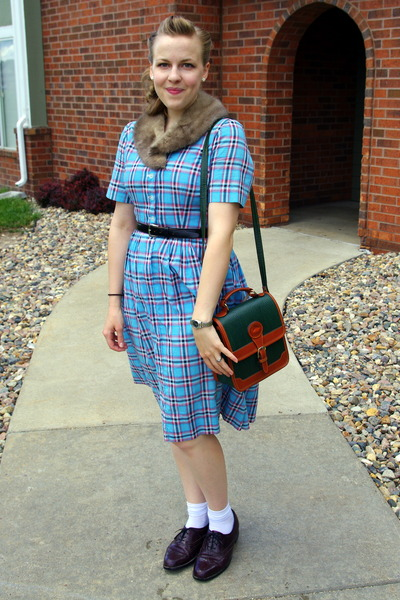 sky blue vintage dress - dark green Dooney and Bourke bag