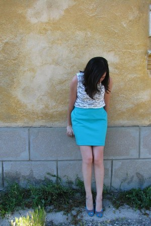 Depozitul de incaltaminte shoes - Orsay top - poema skirt - LOREAL watch