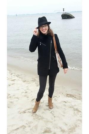 black S Oliver coat