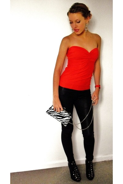 Red Own Design Tops Black Leggings Black Hu0026M Shoes Red Mango Accessories | u0026quot;pin upu0026quot; by ...