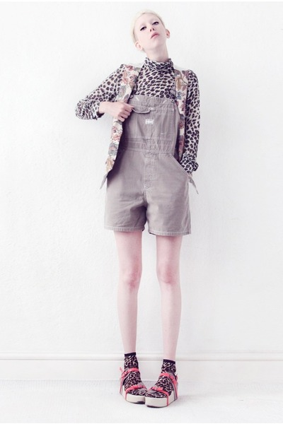 leopard print Mind the Mustard top - dungaree Mind the Mustard shorts