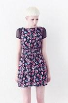 unknown dress