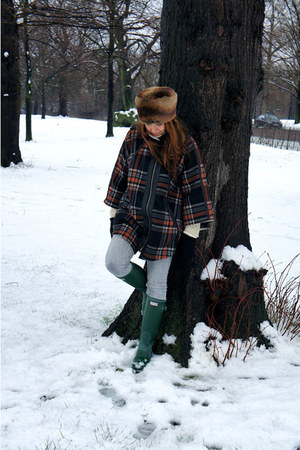dark brown Topshop hat - forest green Hunter boots - burnt orange Topshop cape