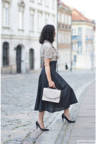 ivory Karl Lagerfeld bag - black Zara skirt