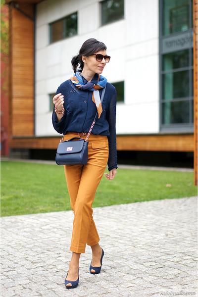 light orange Mango pants - navy Terranova bag