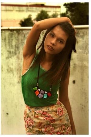 shirt - skirt - minority necklace