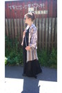 Dr-martens-boots-secondhand-bag-divided-cardigan-cubus-skirt