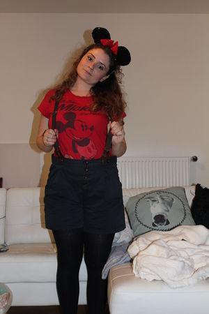 Mickey Mouse Disney shirt - Zara shorts - Mickey Mouse Disney accessories