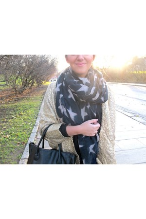 becksndergaard scarf - H&M jacket - lindex bag