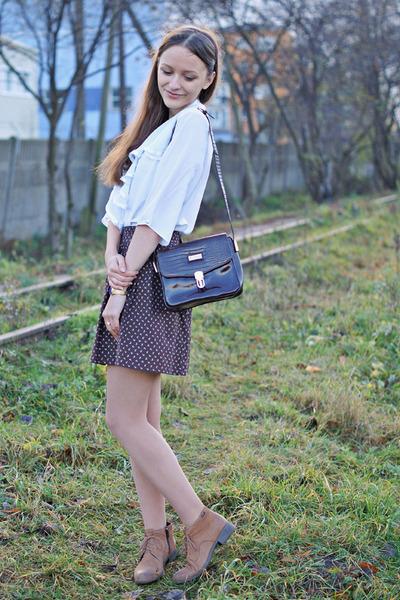 dark brown vintage purse - bronze Lasocki boots - brown vintage skirt