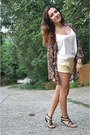 Maroon-stradivarius-jacket-light-yellow-forever-21-shorts-ivory-asos-top