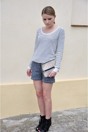 black Aldo boots - vintage bag - gray Mango shorts - Vinatge jumper