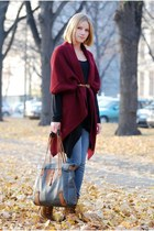 ruby red GINA TRICOT jumper - bronze Deichmann boots - navy Crocker jeans