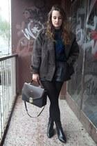 Secondhand coat - grandma bag - DIY shorts
