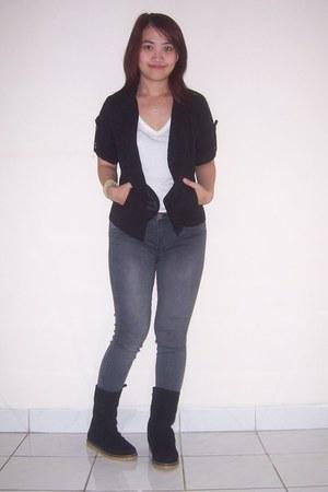 black adriana lima boots - gray Zara jeans