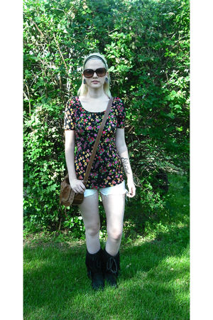 black Forever 21 blouse - black Forever 21 boots - brown Forever 21 purse - whit