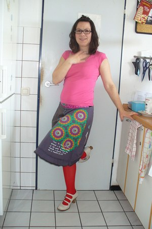 Neosens shoes - desigual skirt - Turnover t-shirt - stockings - romeo gigli glas