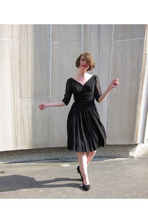 black chiffon vintage dress - black suede vintage heels