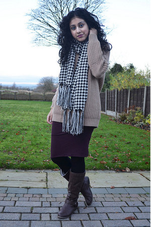 black not available scarf - brown Koi Couture boots - brick red Topshop skirt
