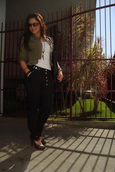 Black Pants Dark Brown Shoes Olive Green Jackets Black Bags