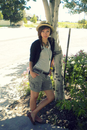 gray Walmart t-shirt - black Old Navy cardigan - beige Claires hat - brown Gap s